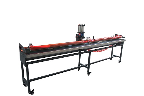 The performance and advantages of industrial belt finger punching machine